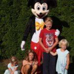 Fotografie 5. Pohádkový kostým Mickey Mouse