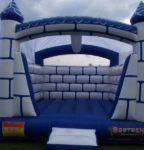 Fotografie 3. Nafukovací skákací hrad Ledové království