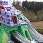 Fotografie 16. Velký skákací hrad se skluzavkou STRAŠIDELNÝ DŮM – extra maxi XXXL