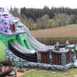 Fotografie 17. Velký skákací hrad se skluzavkou STRAŠIDELNÝ DŮM – extra maxi XXXL