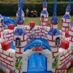 Fotografie 4. Nafukovací skákací hrad – VELKÝ DRAČÍ ZÁMEK XL