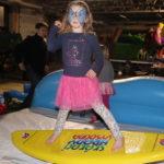 Fotografie 17. Zábavná atrakce snowbordové nebo surfové prkno
